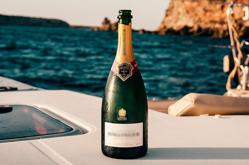 Personal sommelier at your yacht!